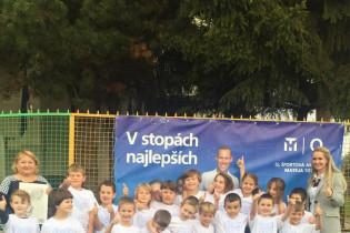 Odovzdávanie grantu na ZŠ Hlavná 24 v Dubovej